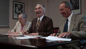 17 A Daniel DeRosa UOP Sept 2001 signing papers